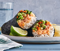 Spicy salmon sushi roll-ups