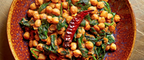 Spinach with chickpeas (Saag channa masala)