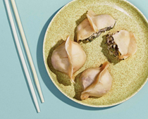 Steamed mixed shellfish dumplings