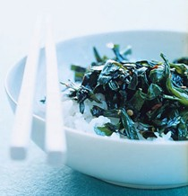 Stir-fried garlic chives with chile