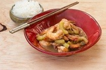 Stir-fried prawns and cucumber in tamarind sauce