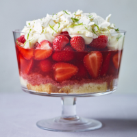 Strawberry and lime curd trifle