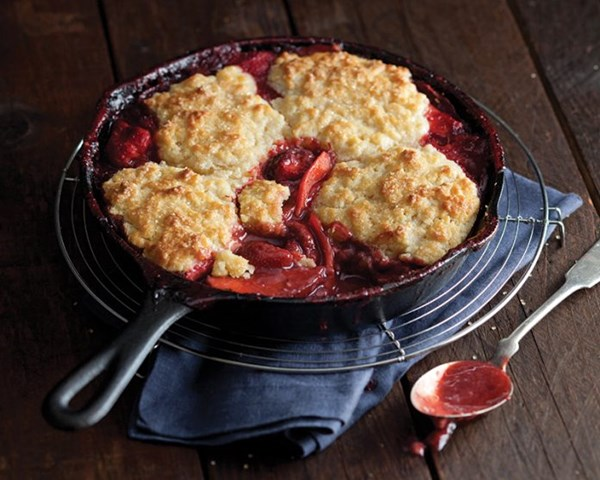 Strawberry apple cobbler