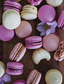 Strawberry macarons with white chocolate and lavender ganache