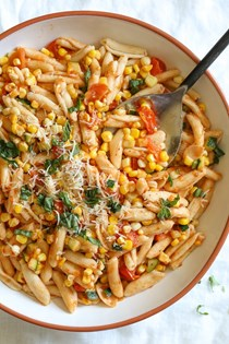 Summer cavatelli with corn, tomatoes and zucchini