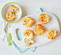 Toddler recipe: mini egg & veg muffins