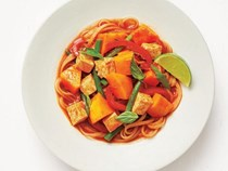 Tofu and vegetable red curry with rice noodles