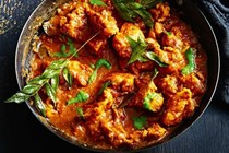 Tomato and tamarind chicken curry