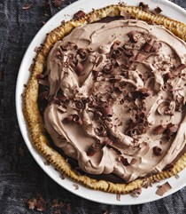 Truffle chocolate cream pie