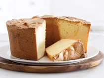Ultimate Southern cream cheese pound cake