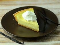 Vanilla bean buttermilk pie