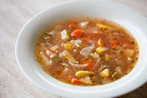 Vegetable soup with sweet basil