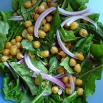 Warm chickpea salad with arugula