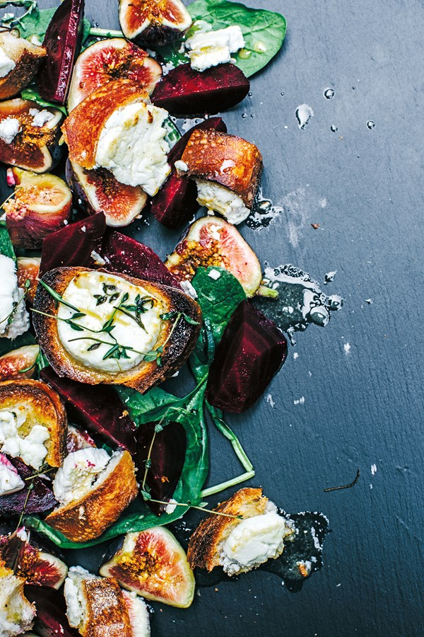 Warm goat's cheese croutons with roasted beets, figs and apple-mustard dressing
