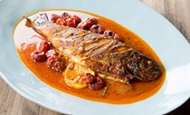 Whole roasted fish with Gullah Country moppin' sauce