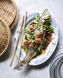 Whole steamed fish with pickled plums (Pla neung kiem buoy)