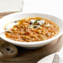 Winter squash and sage sausage chili