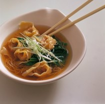 Wonton soup with noodles