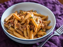 Woodsman-style pasta with mushrooms and bacon (Penne boscaiola)