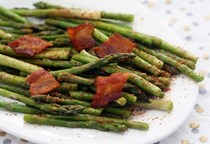 Yakitori-inspired spicy asparagus and bacon